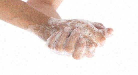 Не забываем мыть руки до и после подмывания