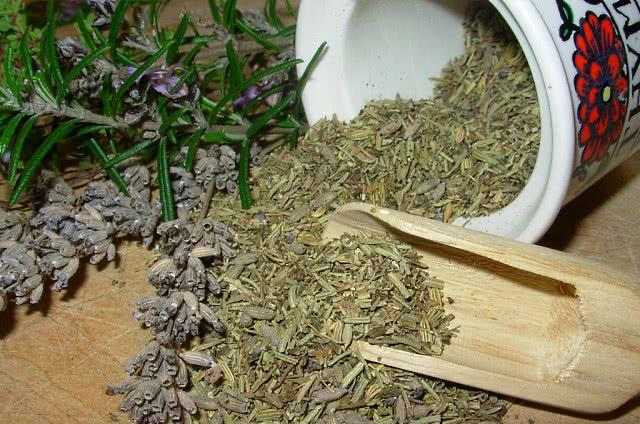 Сушеные лекарственные травы