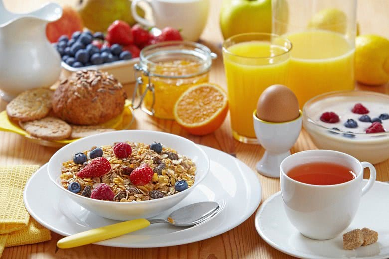 Для успешного лечения анальных трещин важно соблюдать диету