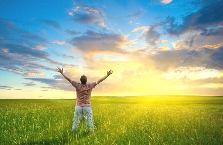 Счастливый свободный человек