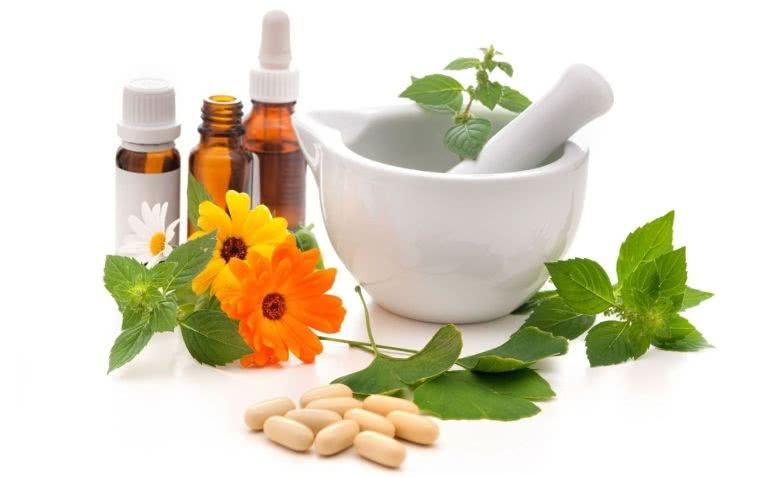 Препараты на основе натуральных компонентов и травы