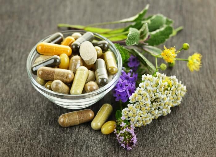 Лечебные травы и лекарственные препараты
